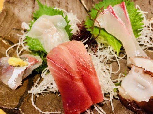 おさかな食堂 やまや|沼津三津浜漁場から仕入れた旬の海鮮を食らう
