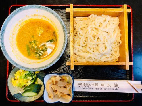 陣太鼓|伊豆名物のモクズガニ料理と焼き鳥が美味しいお店!
