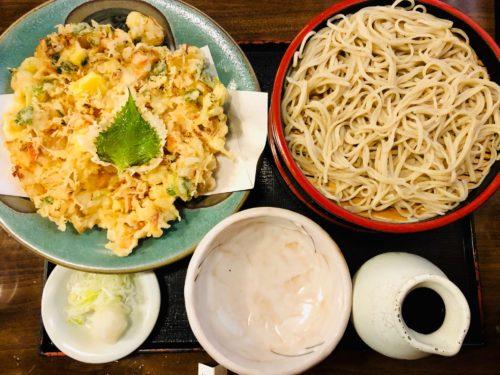 朝日屋|伊豆長岡でボリューム満点のかき揚げ&蕎麦をビールを!