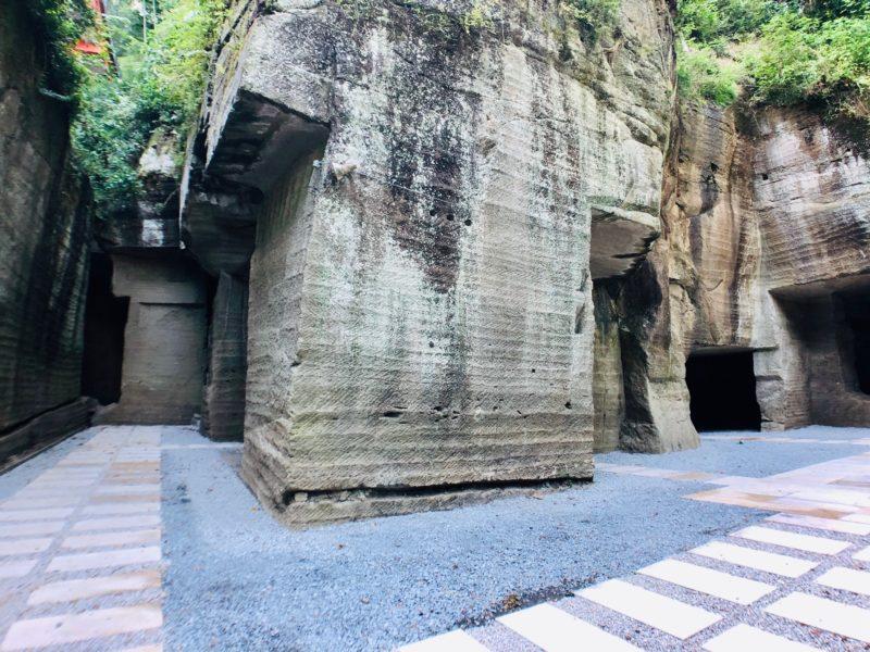 湯谷神社の石切場